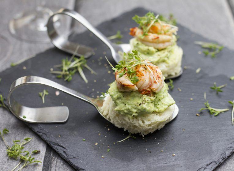 Amuse-Gueule: Avocado-Mousse mit Flusskrebsen
